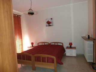 Romantic 1 bedroom Vacation Rental in San Damiano d'Asti - San Damiano d'Asti vacation rentals