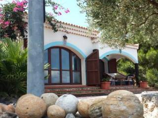 4 bedroom Villa with Bachelor Or Bachelorette Parties Allowed in Peschici - Peschici vacation rentals