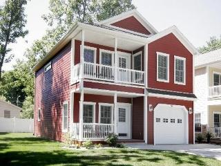 Awesome Home, Great Location! - Watervliet vacation rentals