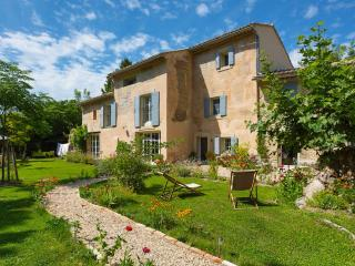 Le coeurisier campagn'Art - Le Thor vacation rentals