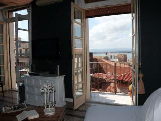 Ortigia Littorio sea view stylish cosy 250mq flat - Syracuse vacation rentals