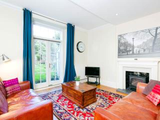 Amazing New Town Garden Flat - Edinburgh vacation rentals