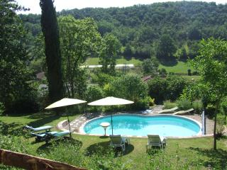 Nice Gite with Internet Access and Central Heating - Bourlens vacation rentals
