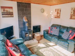 Lovely 2 bedroom Chalet in Aberdovey / Aberdyfi with Short Breaks Allowed - Aberdovey / Aberdyfi vacation rentals
