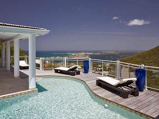 Horizon: perfect 3 bedroom villa in Almond Grove|Island Properties - Guana Bay vacation rentals