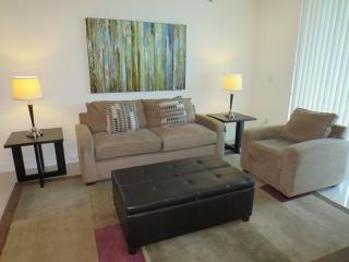 Lux 2BR Brickell Apt w/FREE Parking - Miami vacation rentals