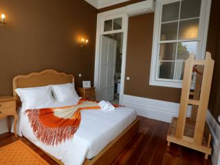 NOBUCK - CENTENARY FONTAINHAS APARTMENTS - Porto vacation rentals
