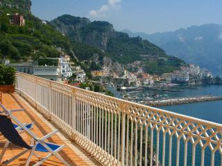 Lantana - Amalfi vacation rentals