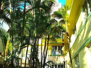 OCEAN DRIVE SOUTH BEACH CONDO - Miami Beach vacation rentals