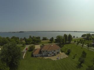 Spectacular Niagara Riverfront Vacation Home - Port Colborne vacation rentals