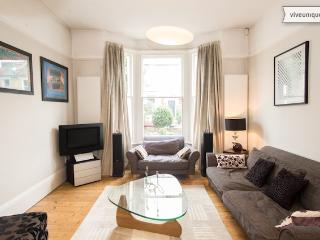 4 bedroom house with garden, Ramsden Road, Balham - London vacation rentals