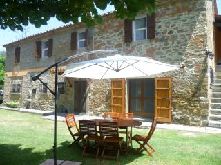 Nice Farmhouse Barn with Internet Access and Dishwasher - Tuoro sul Trasimeno vacation rentals