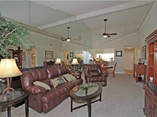 Palm Valley CC-Platinum Member! Nice End Unit (V1551) - Palm Desert vacation rentals