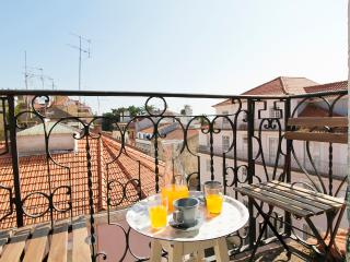 Lapa Stylish II by RE - Lisbon vacation rentals