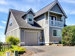 Beautiful, remodeled home with ocean views, game room & private hot tub! - Lincoln City vacation rentals