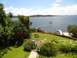 Lovely 3 bedroom Apartment in Lake Macquarie - Lake Macquarie vacation rentals