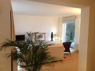 Nice Condo with Internet Access and Television - Ixelles vacation rentals