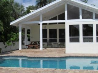 Jackie's Cottage-209 N Harbor - Anna Maria Island vacation rentals