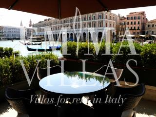 Alle Gondole 4+2 - City of Venice vacation rentals