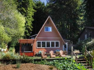 HAPPY TRAILS - Russian River vacation rentals