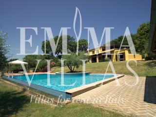 Le Dodici Querce 6+3 - Rimini vacation rentals