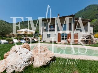 Casa Lidia 7 - Lucca vacation rentals