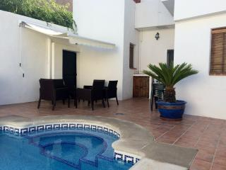 Casa Rosa luxe townhouse,heated pool,airco,WiFi. - Province of Granada vacation rentals