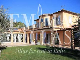 Charming Villa with Internet Access and A/C in Livorno - Livorno vacation rentals