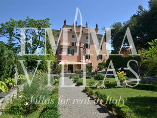 Villa Lemura 16+4 - Perugia vacation rentals