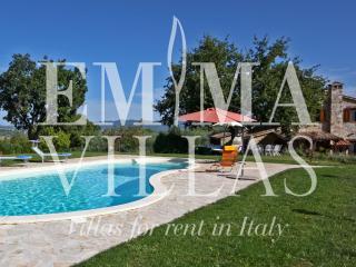 Casale dei Bombi 8 - Massa Martana vacation rentals