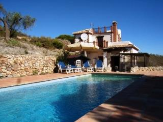 Mountain villa GOLONDRINAS 20.000mtr land, pool - Villamena vacation rentals