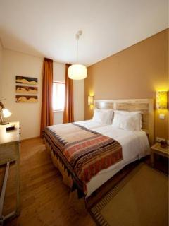 ARTVILLA - Twin or Double Room - Carvalhal vacation rentals