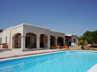 Ferienhaus in Es Cubells - San Jose vacation rentals