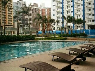 Nice & New 1 Bedroom Condo in Edsa Mandaluyong - Luzon vacation rentals