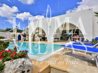 Villa Del Lentisco 8+2 - Diso vacation rentals