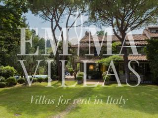Villa Vallugola 8 - Emilia-Romagna vacation rentals