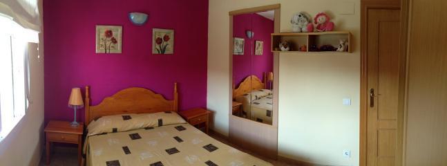 2 bedroom Apartment with Garden in La Pineda - La Pineda vacation rentals