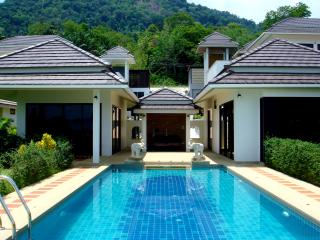 Seafront Villa Golden Mountain - Krabi vacation rentals