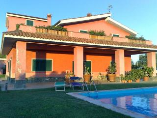 Nice Villa with Internet Access and Dishwasher - Tarquinia vacation rentals