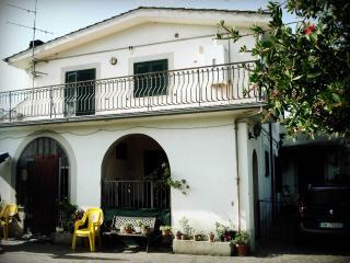 Appartamento in villetta bifamiliare - Ariccia vacation rentals
