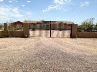Welcome to ARIZONA!! Room to Roam! - Casa Grande vacation rentals