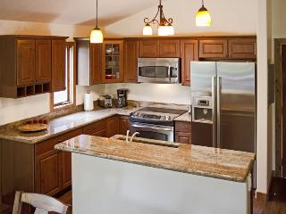Low rates on Beautiful Newly remodeled 3bd - Vail vacation rentals