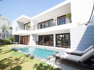 3 BR Affordable Luxury Villa Skye Dee - Legian vacation rentals