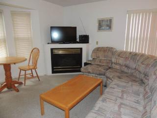 Comfortable 3 bedroom House in West Dover - West Dover vacation rentals