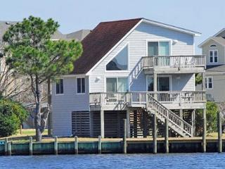Bright 3 bedroom Kill Devil Hills House with Deck - Kill Devil Hills vacation rentals