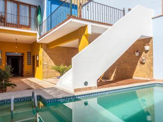 4 bedroom Cottage with Internet Access in Alzira - Alzira vacation rentals