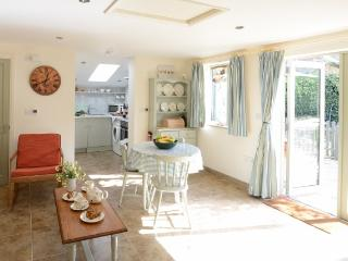 Cozy 1 bedroom Vacation Rental in Happisburgh - Happisburgh vacation rentals