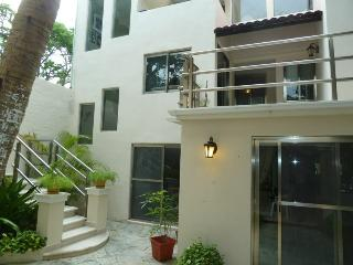 Casa Mojarra 3 bedroom/4 bath in Cancun! - Cancun vacation rentals