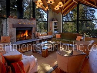 3 BEDROOMS/ 2.5 BATH (H33) CLOSE TO TOWN!! - San Carlos de Bariloche vacation rentals