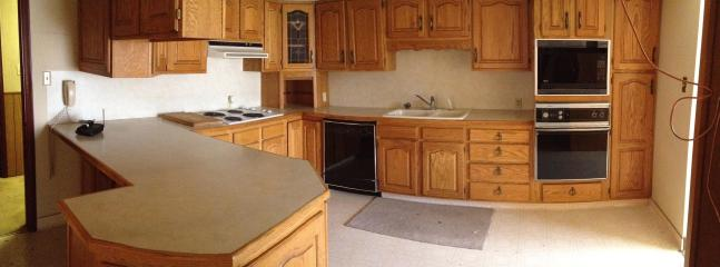 Large Comfy Apartment close to Skiing and More - Sandy vacation rentals
